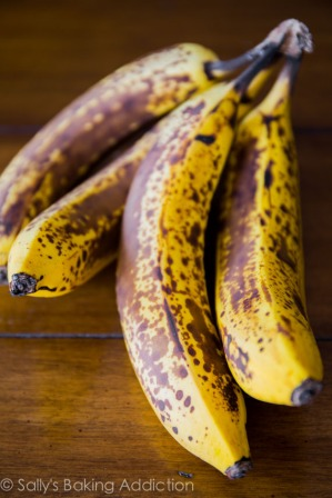 Perfectly-Spotted-Bananas-for-my-banana-bread